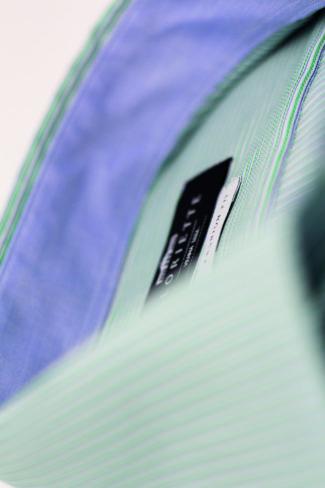 glo-39-F0357-772-45-detail1-getzner-gloriette-fashion-premium-business-freizeit-herren-hemd-modern-regular-fit-langarm